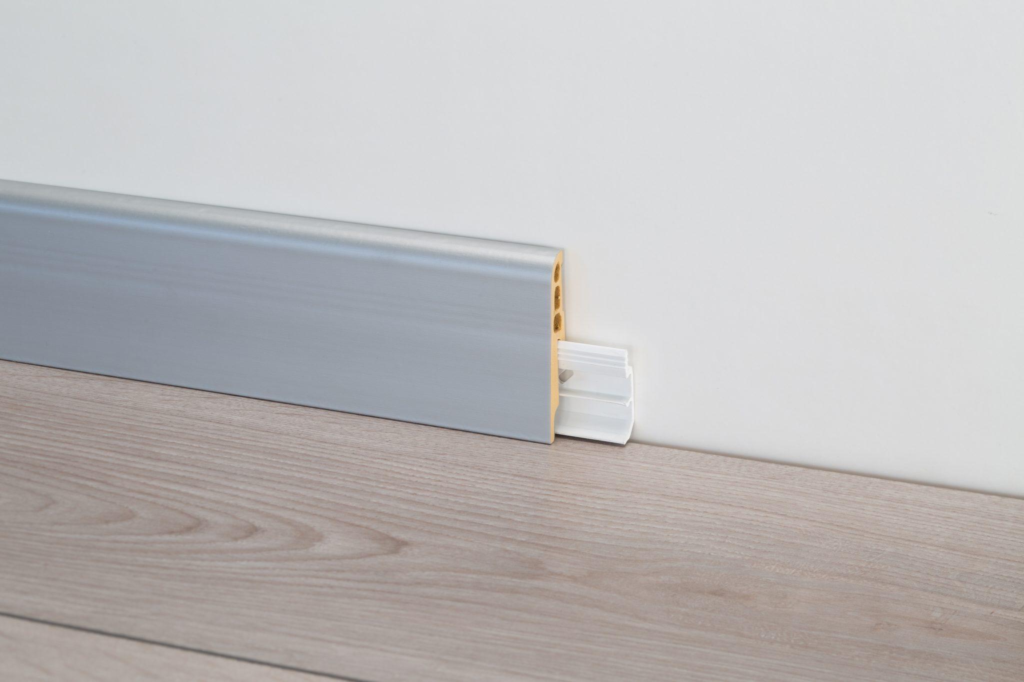 Colla Per Pavimenti Pvc battiscopa pvc 8608 alto 7 cm effetto legno, bianco