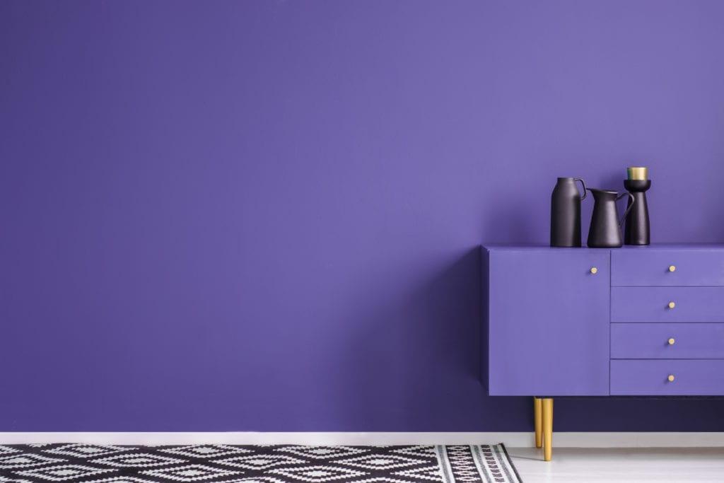 Pittura per arredamenti vernici viola per mobili for Viola arredamenti